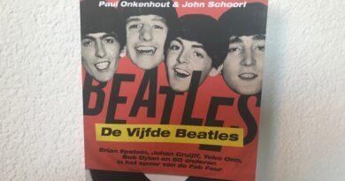 """De Vijfde Beatles komen langs bij """"Waar Háááálen Ze Het Vandaan….?"""""""